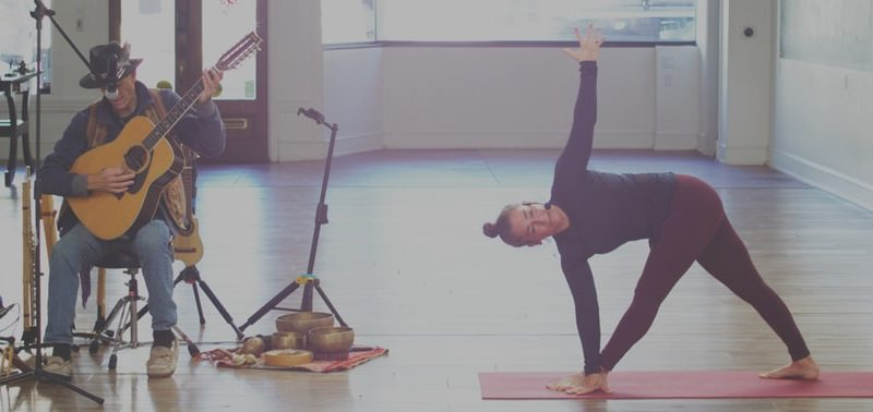 Ideas On How Newbies Can Take pleasure in Their Yoga Courses